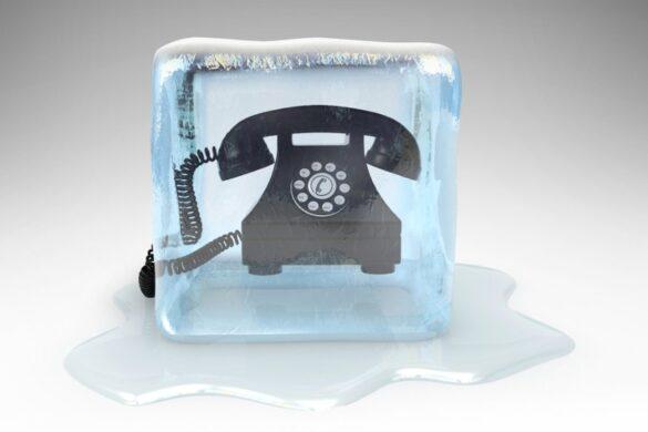 klicanje novih strank telefon v ledu